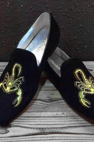 New Scorpion Embroidered Shoes Handmade Black Men Velvet loafers Slippers